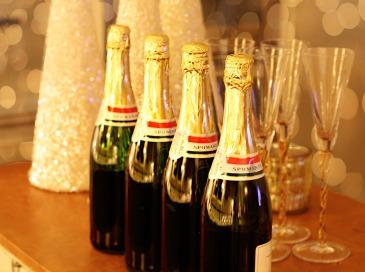 champagne-1939795_1920